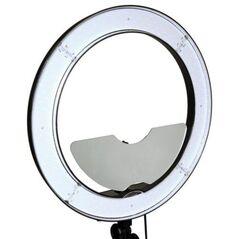 Kit Lampa circulara RL-18 240LED-uri temperatura reglabila 3200-5600k si stativ