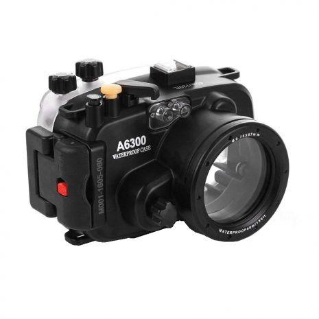 Carcasa subacvatica waterproof Meikon pentru Sony A6300 cu obiectiv 16-50mm